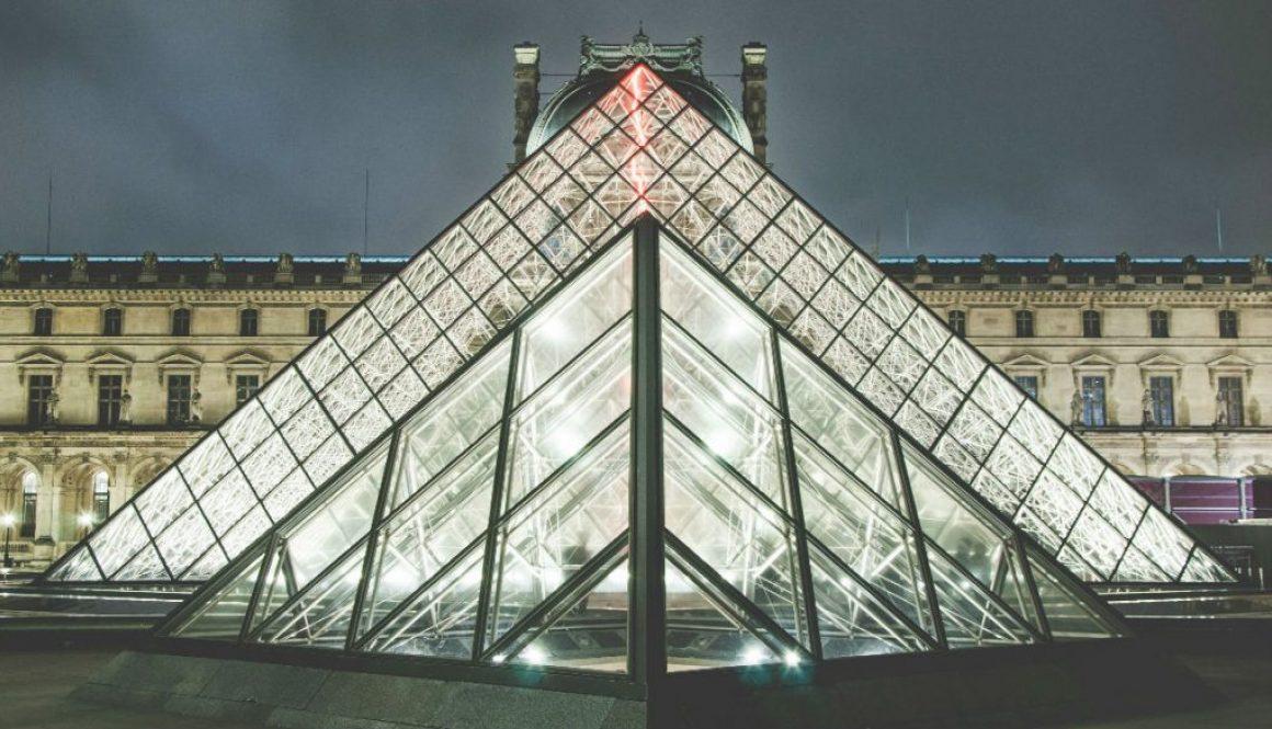 Pyramid_1165_665