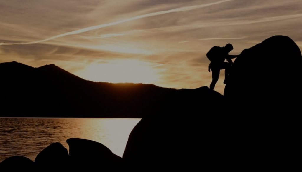 Climber_1800x1000_dark
